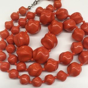 Beautiful coral red vintage graduated necklace